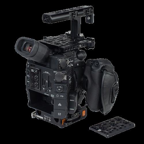 B4005 0019 Canon C200 Base Kit 02 web
