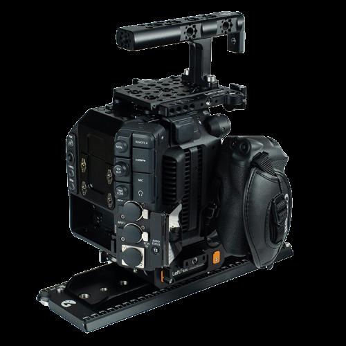 B4005 0023 Canon C300 Mk III Advanced Kit 02 web