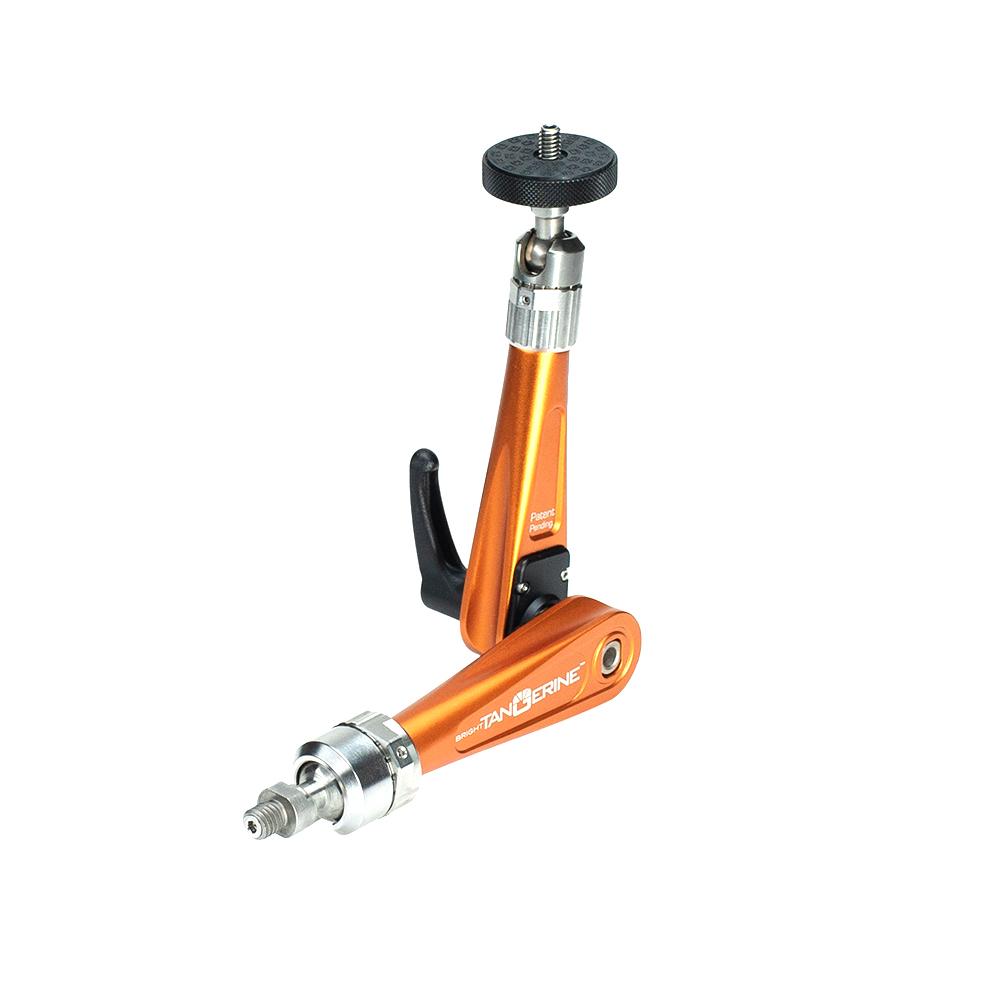 B3000 1002 Titan Arm Orange 01 web