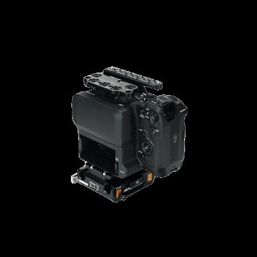 B4005 0031 Canon C70 Base Kit 02 web